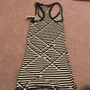 Nollie Tops - Black and white funky tank top
